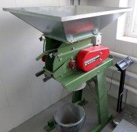 Солододробилка 300 кг - купить у производителя